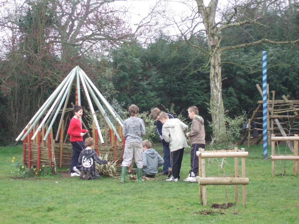 constructing huts with willow walls